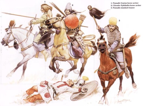 1 - иранский конный лучник-кочевник; 2 - конный лучник-эфталит; 3 - кочевник-штандартоносец