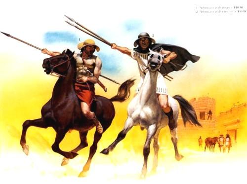 1 - афинский кавалерист (440 г. до н.э.); 2 - афинский кавалерист-рекрут (430 г. до н.э.)