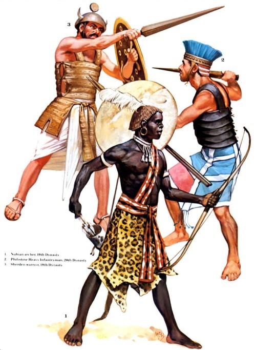 1 - нубийский лучник (XIX династия); 2 - филистинский тяжелый пехотинец (XX династия); 3 - шерденский воин (XIX династия).
